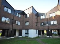 Flat in IFIELD, Crawley