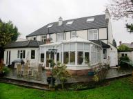 8 bedroom Detached house for sale in Orchard Drive, Cowley...