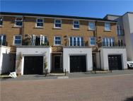 3 bed Terraced house for sale in Autumn Way, West Drayton