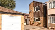 3 bed Detached property for sale in Fairway Avenue...