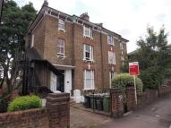 Flat to rent in Granville Park, Lewisham...