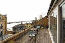 Apartment to rent in 46 ColdHarbour, LONDON