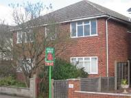 2 bed Maisonette in Reedsfield Road, Ashford...