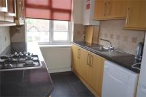 1 bedroom Flat in Kingston Road, Staines...