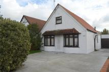 3 bed Chalet in Feltham Road, Ashford...