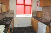 Maisonette to rent in Kingston Road, Staines...