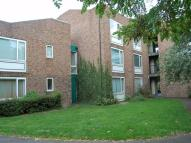 Studio flat in Bristol Close, Stanwell...