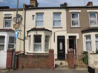 3 bedroom Terraced property for sale in Sandcliff Road , Erith ...