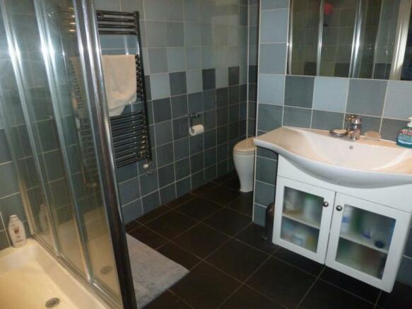 G/Floor Shower Room