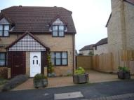 2 bed semi detached house to rent in Specklands, Loughton
