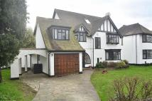 Detached house in Wood Ride, Petts Wood