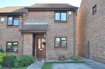 2 bed semi detached home in Jay Gardens, Chislehurst