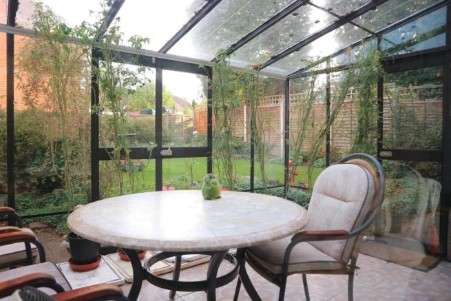 GLAZED GARDEN ROOM