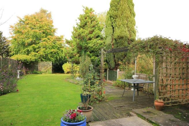 Mature Extensive Garden