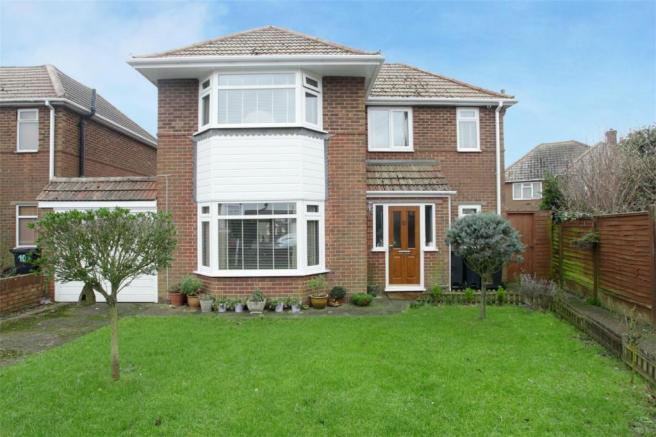 3 bedroom detached house for sale in norman road ramsgate ct11