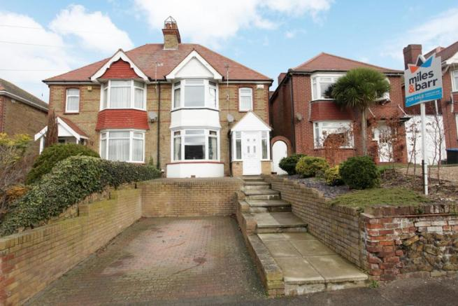 4 bedroom semi detached house for sale in downs road ramsgate ct11