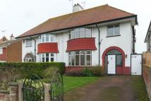 6 bed semi detached house in Princes Gardens...