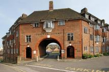 3 bed Flat in Condor Court, Guildford