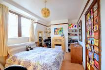 Flat to rent in Nevill Road, N16