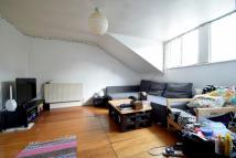 Flat in Newington Green Road, N1