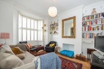 Ground Flat for sale in Alexander Road, London