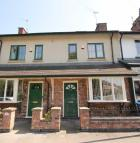 3 bed Terraced property in Vale View...