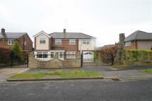 5 bedroom Detached house in Warburton Close...