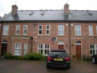 Town House to rent in Russett Way...
