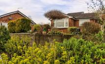 3 bed Detached house for sale in Hillside Close, Glossop...
