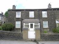 2 bedroom End of Terrace house in Dinting Lane, Glossop...