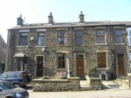 3 bed Terraced property to rent in Shaw Lane, Glossop...