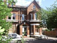 2 bedroom Flat in Selbourne Lodge...
