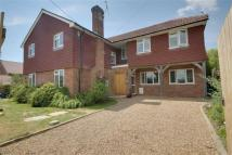 5 bed Detached home in Tanglewood Lane...