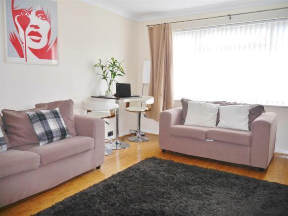 Lounge Photo 2