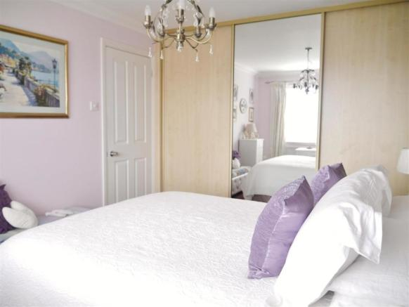 Bed 1 pic 2.JPG