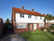 3 bed semi detached house in Lambs Farm Road, Horsham