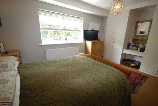 Master Bedroom Alt.J