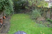 2 bedroom Flat for sale in Garden Flat...