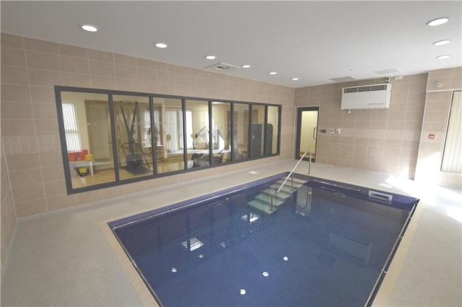 Residents Pool & Gym