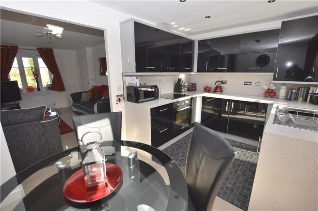Kitchen diner to lounge