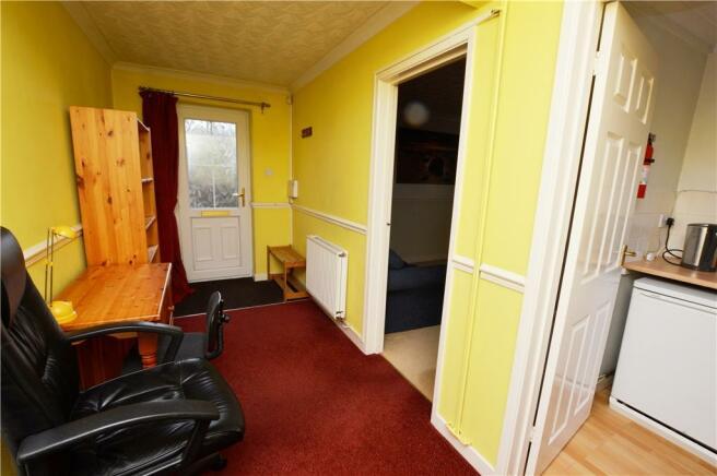 Hallway betwen house and annex