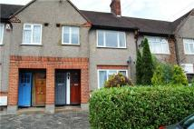 2 bed Maisonette in Robinhood Lane, Mitcham...