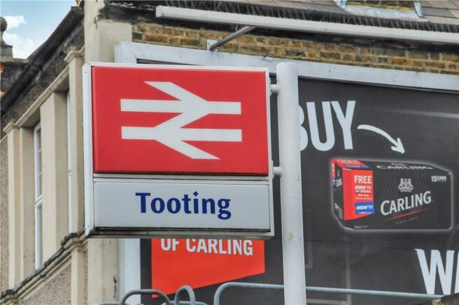 Tooting rail station