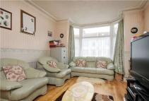 5 bedroom Terraced house for sale in Park Avenue, Mitcham...