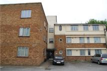 3 bedroom Flat in Claire Court...