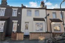 2 bed Terraced property in 3a Seaton Road, MITCHAM...