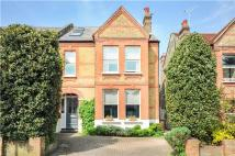 5 bed semi detached house in Onslow Gardens...