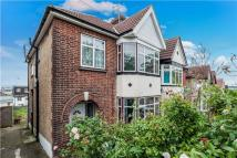 4 bed semi detached house in Hay Lane, KINGSBURY...