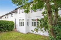 Maisonette for sale in Highfield Avenue...