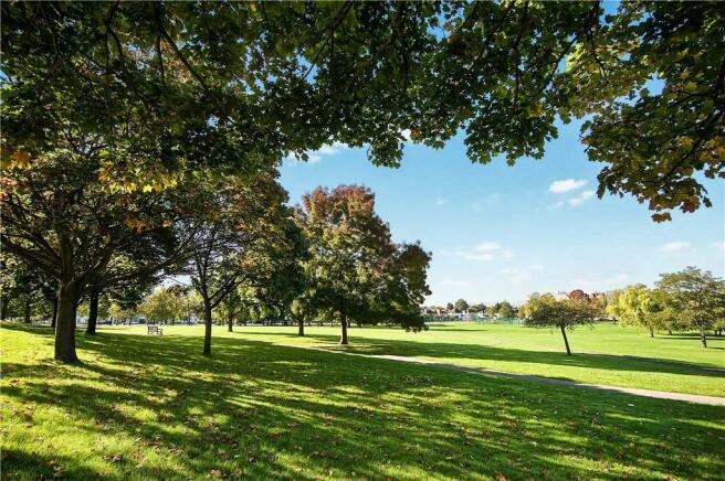 Roe Green Park